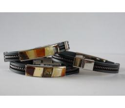 Bracelet with an amber mosaic