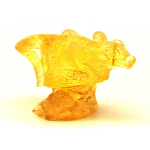 Hand carved Baltic amber figurine of lizard
